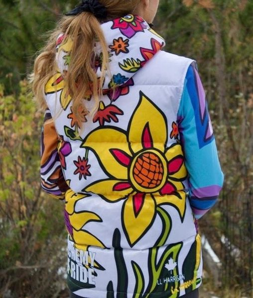 SPRING FLOWERS CHALK WHITE DOWN HOODED FULL ZIP VEST