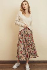 Pleated floral print midi skirt