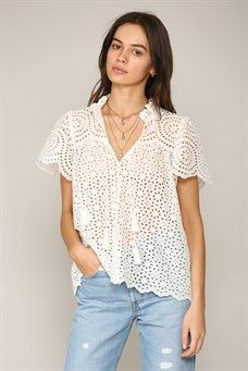 Flutter sleeve eyelet top