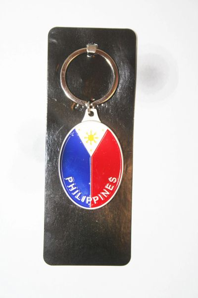 PHILIPPINES OVAL SHAPE COUNTRY FLAG METAL KEYCHAIN .. NEW AND IN A PACKAGE