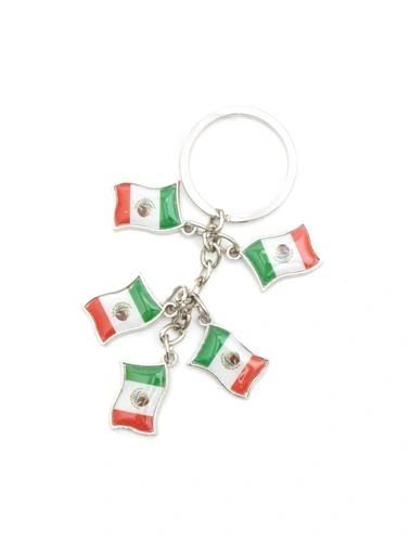 MEXICO 5 COUNTRY FLAG METAL KEYCHAIN .. NEW AND IN A PACKAGE