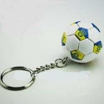 UKRAINE WITH TRIDENT COUNTRY FLAG FIFA SOCCER WORLD CUP BALL KEYCHAIN .. NEW AND IN A PACKAGE