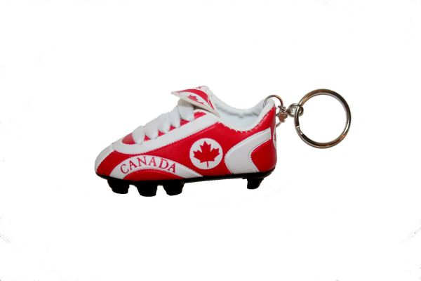 CANADA COUNTRY FLAG SHOE CLEAT KEYCHAIN .. NEW AND IN A PACKAGE