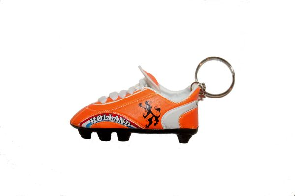 HOLLAND ORANGE WITH LION SHOE CLEAT KEYCHAIN .. NEW AND IN A PACKAGE