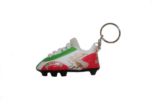 MEXICO WITH EAGLE SHOE CLEAT KEYCHAIN .. NEW AND IN A PACKAGE