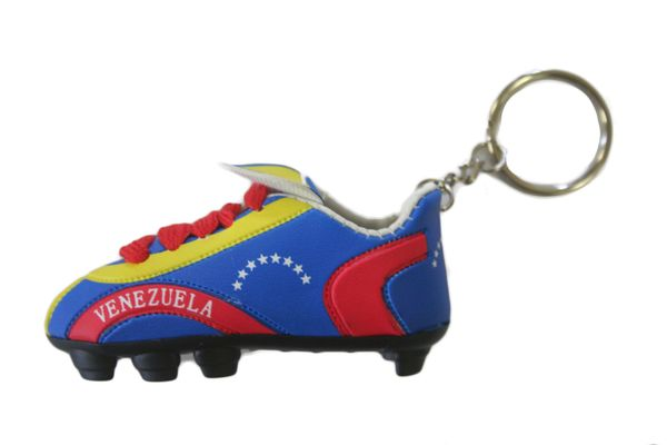 VENEZUELA COUNTRY FLAG SHOE CLEAT KEYCHAIN .. NEW AND IN A PACKAGE