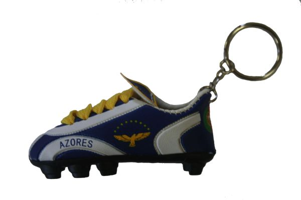 AZORES COUNTRY FLAG SHOE CLEAT KEYCHAIN .. NEW AND IN A PACKAGE