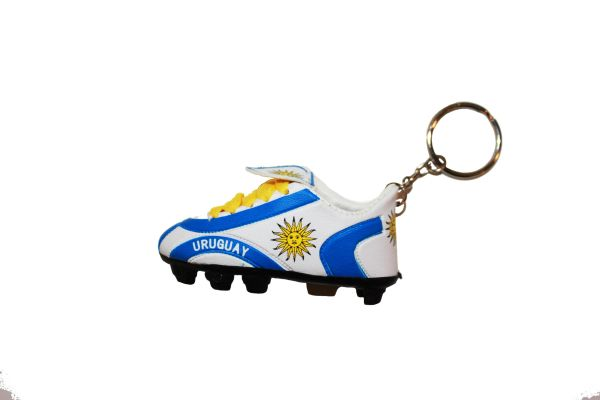 URUGUAY COUNTRY FLAG SHOE CLEAT KEYCHAIN .. NEW AND IN A PACKAGE