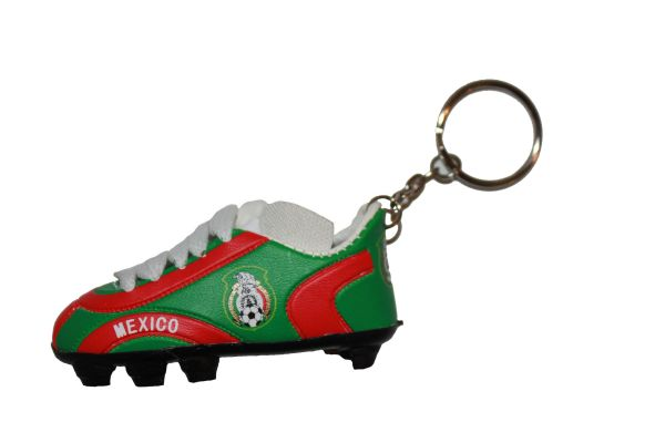 MEXICO FIFA SOCCER WORLD CUP SHOE CLEAT KEYCHAIN .. NEW AND IN A PACKAGE