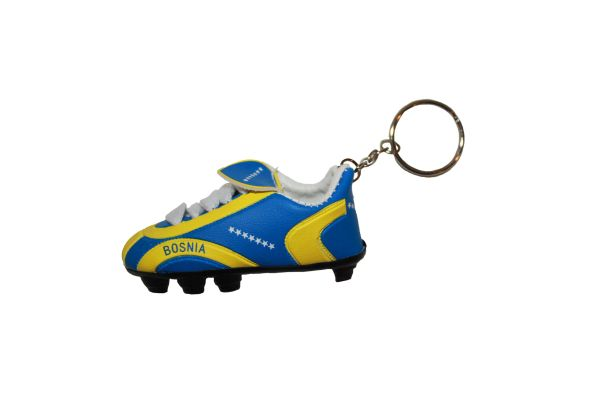 BOSNIA COUNTRY FLAG SHOE CLEAT KEYCHAIN .. NEW AND IN A PACKAGE
