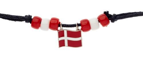 DENMARK COUNTRY FLAG SMALL METAL NECKLACE CHOKER .. NEW AND IN A PACKAGE
