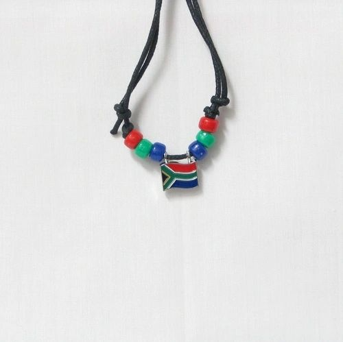 SOUTH AFRICA COUNTRY FLAG SMALL METAL NECKLACE CHOKER .. NEW AND IN A PACKAGE