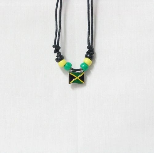 JAMAICA COUNTRY FLAG SMALL METAL NECKLACE CHOKER .. NEW AND IN A PACKAGE