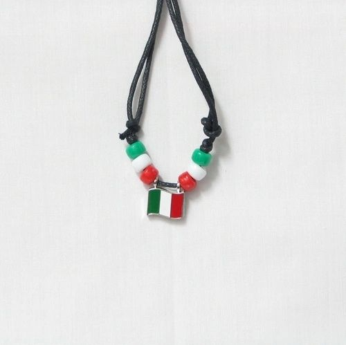 ITALY COUNTRY FLAG SMALL METAL NECKLACE CHOKER .. NEW AND IN A PACKAGE