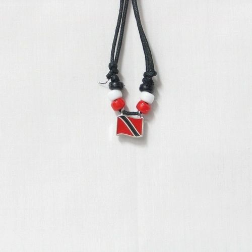 TRINIDAD & TOBAGO COUNTRY FLAG SMALL METAL NECKLACE CHOKER .. NEW AND IN A PACKAGE