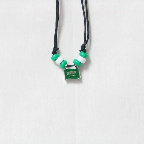 SAUDI ARABIA COUNTRY FLAG SMALL METAL NECKLACE CHOKER .. NEW AND IN A PACKAGE