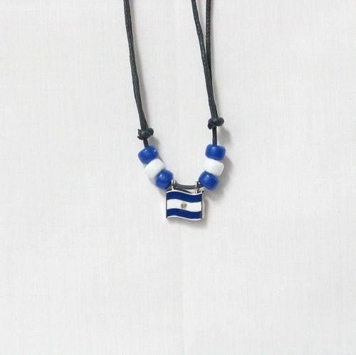 EL SALVADOR COUNTRY FLAG SMALL METAL NECKLACE CHOKER .. NEW AND IN A PACKAGE