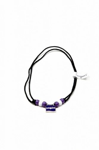 IROQUOIS SMALL METAL NECKLACE CHOKER .. NEW AND IN A PACKAGE