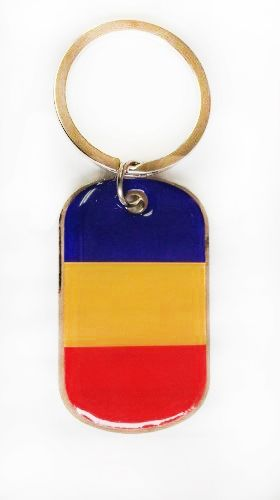 ROMANIA COUNTRY FLAG METAL KEYCHAIN .. NEW AND IN A PACKAGE