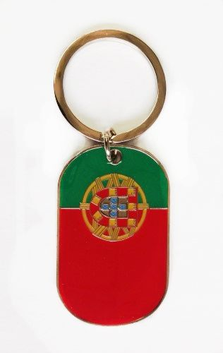 PORTUGAL COUNTRY FLAG METAL KEYCHAIN .. NEW AND IN A PACKAGE