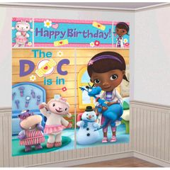 ©Disney Doc McStuffins Scene Setter® Wall Decorating Kit