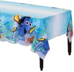 ©Disney/Pixar Finding Dory Plastic Table Cover