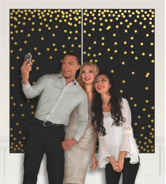 Gold Dots Photo Booth Scene Setter®