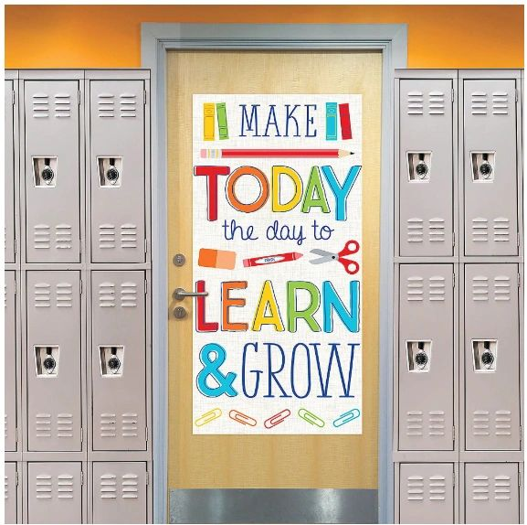 Learn And Grow Door Decoration