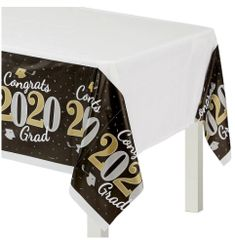 """""""2020"""" Well Done Grad Plastic Table Cover"""