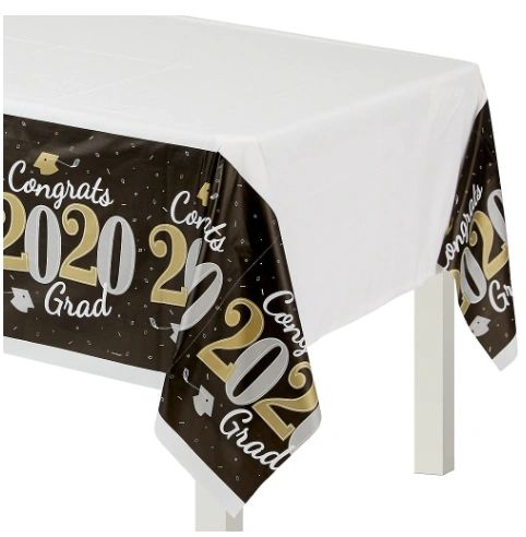 """2020"" Well Done Grad Plastic Table Cover"
