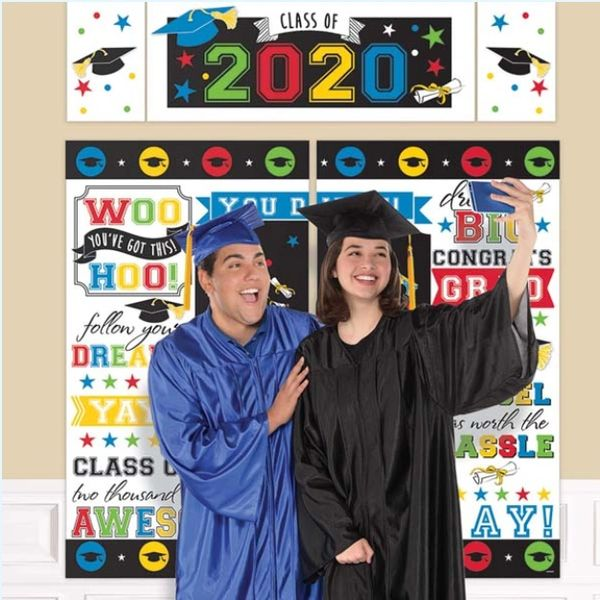 """2020"" Grad Multicolor Scene Setter® Wall Decorating Kit"