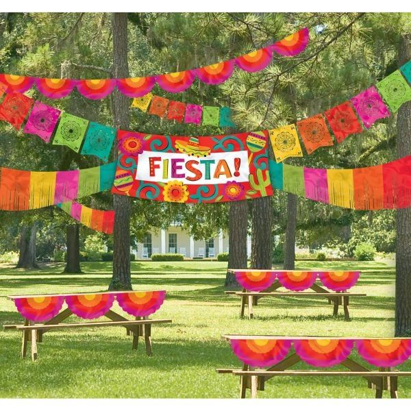 Caliente Fiesta Decorating Kit, 4pc