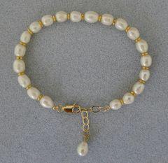 Pearl and 14 kt Gold Filled Bracelet