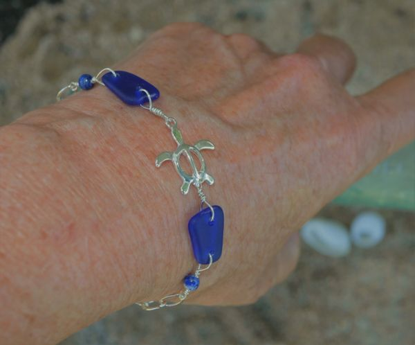 Beach Glass Bracelet in Dark Blue