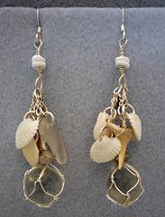 Beachcomber Earrings in White