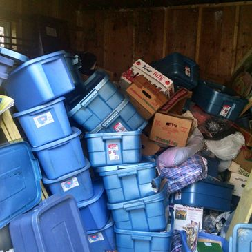 Hoarded houses, neglected homes, abandoned home, estate sales clear-outs, tag sale removals, clutter