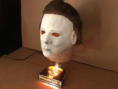Halloween II Limited Edition Lighted Display Stand with mask