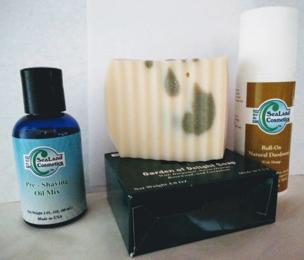 Pre-Shaving Oils Mix , Natural Soap & Roll-on Deodorant Set (Unisex)