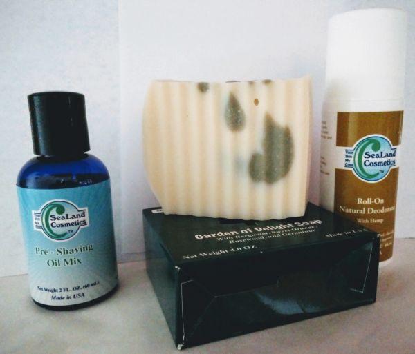 Pre-Shaving Oils Mix , Natural Soap & Roll-on Deodorant Set (Unisex)