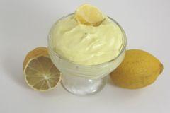 Lemon cake scented body butter 8 oz