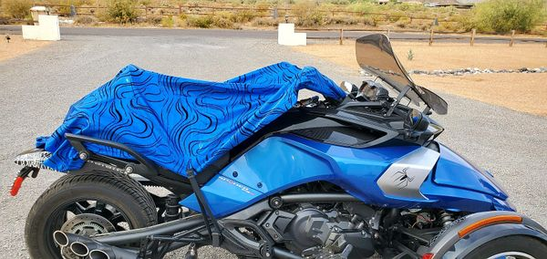 Can Am Spyder/Ryker - Sun Shade - Holographic Blue with Black Swirls