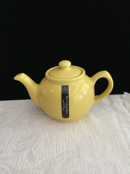 2 cup Price& Kens yellow teapot