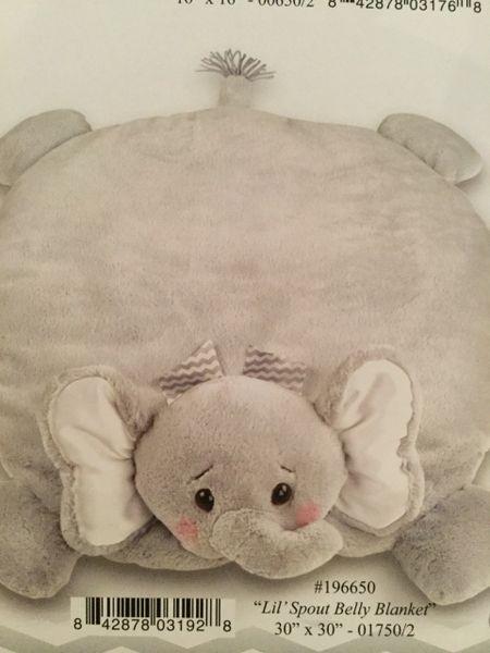 Lil spout belly blanket