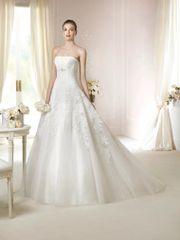 White One by Pronovias Wedding Dress Jaicee