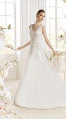 Atelier Diagonal by Pronovias Wedding Dress Padma