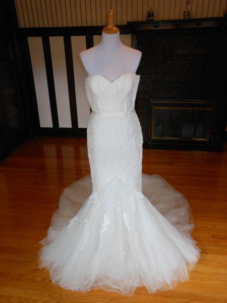 Avenue Diagonal by Pronovias Wedding Dress Gilda