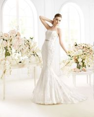 Avenue Diagonal by Pronovias Wedding Dress Paget