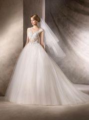La Sposa by Pronovias Wedding Dress Halar