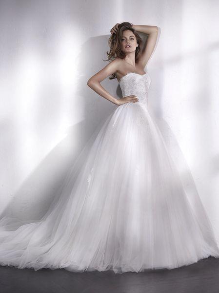 San Patrick by Pronovias Wedding Dress Liesen