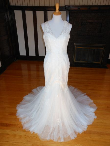 White One by Pronovias Wedding Dress Felcia